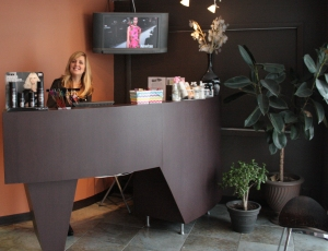 roots hair lounge salon entrance